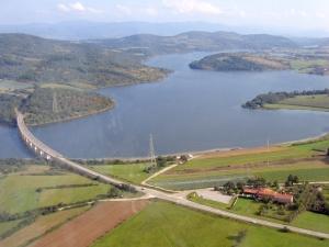 Гружанско језеро
